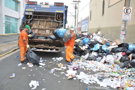 coleta-de-lixo-comeca-a-ser-normalizada